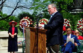 NYC: Comptroller Scott Stringer Speaking at Memorial Day Ceremonies — Stock Photo