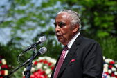 NYC:  The Honourable U. S. Congressman Charles Rangel at Memorial Day Ceremonies — Stock Photo