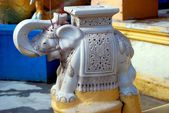 Georgetown, Malaysia: Elephant Statue at Wat Buppharam — Stock Photo