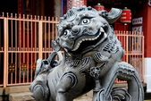 Georgetown, Malaysia:Fu Dog Statue at Chinese Temple — Stock Photo