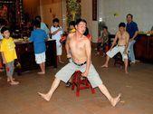Melaka, Malaysia: Men Undergoing Purification Rituals — Stock Photo