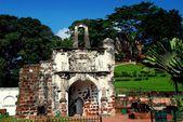 Melaka, Malaysia: A 'Famosa Fortress Gate — Stock Photo