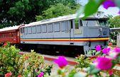 Melaka, Malaysia: Malaysian Railway Engine and Car — Stock Photo