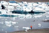 Jezioro jokulsarlon w islandii — Zdjęcie stockowe