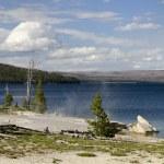 Yellowstone Lake — Stock Photo #32117123
