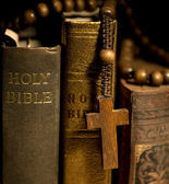 Holy Bible and Rosary Beads — Stok fotoğraf