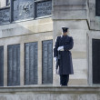 War Memorial-on guard — Stock Photo
