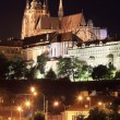 Night Prague gothic Castle above River Vltava — Stockfoto #31971433