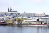 Romantic Snowy Prague gothic Castle above the River Vltava, Czech Republic — Stockfoto