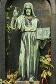 Historiska jesus på den gamla kyrkogården i Prag, Tjeckien — Stockfoto