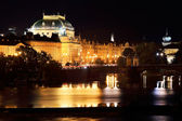 The night View on the Prague National Theater above the River Vltava, Czech Republic — Stock Photo
