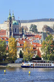 Autumn Prague St. Nicholas' Cathedral, Czech Republic — Stock Photo