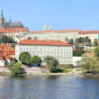 Autumn Prague gothic Castle above River Vltava, Czech Republic — Zdjęcie stockowe #35894805