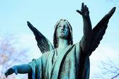 Anděl ze starého hřbitova praha, česká republika — Stock fotografie