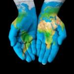 Karte auf die Hände gemalt — Stockfoto