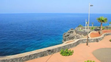 Sea view in small viewpoint in Callao Salvaje district in Tenerife island in Canary islands. — Stock Video