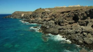 Rocky Tenerife South. Beautiful view to sea and rocks. — Wideo stockowe