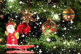 Julgranen och jultomten — Stockfoto