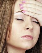 Vrouw hand met zijn hoofd — Stockfoto