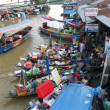 Floating market in Thailand — Stock Photo