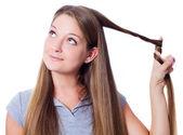Mulher com cabelo comprido — Foto Stock
