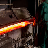 Factory worker on Iron Manufacturing — Stock Photo
