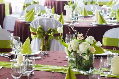 Brown green wedding
