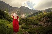 Walking on Mountain Path — Stockfoto