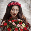 Asian girl in wreath with roses — ストック写真