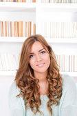 Portrait of attractive caucasian smiling woman — Stock Photo