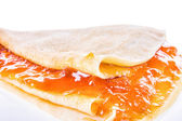 Pancake with apricot jam — Stockfoto
