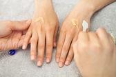 Spa salon. Manicure. Peeling. — Stock Photo