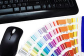 Color swatches and keyboard — Stock Photo