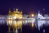 Golden Temple at night in Amritsar, Punjab, India. — Stock Photo