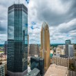 Downtown Minneapolis and surrounding urban — Stock Photo