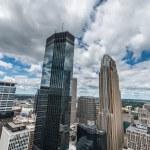 Downtown Minneapolis and surrounding urban — Stock Photo