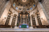 Interior of Cathedral of Saint Paul — Stock Photo