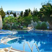 Swimming pool view — Stock Photo