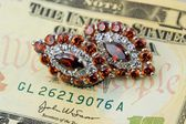 Jewlry and money — Stock Photo