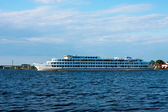 Statek wycieczkowy, wołga — Zdjęcie stockowe