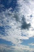 Cielo nuvoloso — Foto Stock