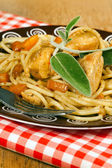 Italian Spaghetti with chicken — Stock Photo