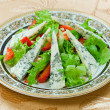 Green salad with gorgonzolland strawberry — Stock Photo #37449495