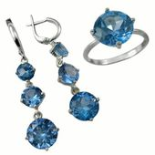 Jewelry with sapphire — Stock Photo