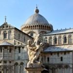 Cathedral complex in Italian city Pisa. Duomo di pisa — Stock Photo #38615711
