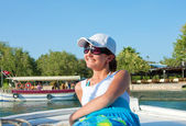 Young woman on Dalyan river, Turkey — Stock Photo
