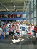 Viajantes no aeroporto — Foto Stock