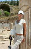 Pretty traveller in Ephesus — Stock Photo