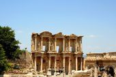 Antiquity greek city - Ephesus. First Library — Stock Photo