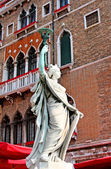 Italy. Venetian statue of liberty — Stock Photo